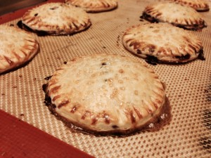 mini-blueberry-pie